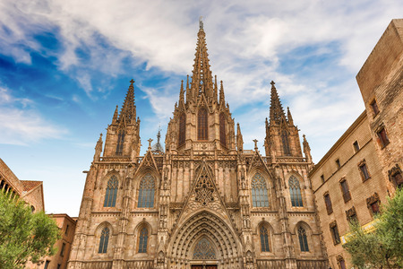 Scenic facade of the gothic Cathedral of the Holy Cross and Saint Eulalia, aka Barcelona Cathedral, Catalonia, Spain Éditoriale