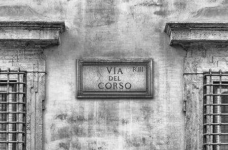 Via del Corso street sign, main street in the city center of Rome, Italy Stockfoto