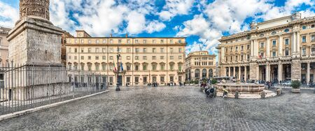 ROME - NOVEMBER 18: Panoramic view of the beautiful Piazza Colonna in the historic heart of Rome, Italy, November 18, 2018. It is named for the marble Column of Marcus Aurelius in the center of the square Редакционное