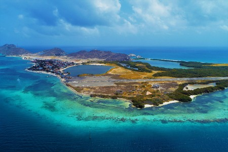 Aerial view of caribbean sea, Los Roques. Vacation in the blue sea and deserted islands. Fantastic landscape. Great beach scene. Los Roques, Venezuela, Caribbean Sea. Reklamní fotografie