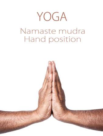 namaste: Manos en oraci�n Namaste mudra indio aislado en fondo blanco. Espacio libre para su texto