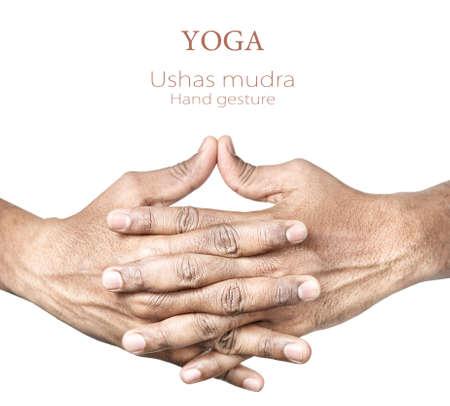 sacral: Hands in Ushas mudra door Indiase man geà ¯ soleerd op een witte achtergrond. Vrije ruimte voor uw tekst