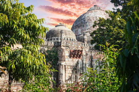 new delhi: Tomb in Lodi Garden, New Delhi, India Stock Photo