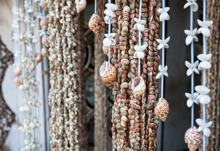 mamallapuram: Seashell decorations and souvenirs at market in Mamallapuram, Tamil Nadu, India Stock Photo