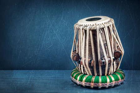 musica clasica: Tambor Tabla Indian instrumento de música clásica de cerca Foto de archivo