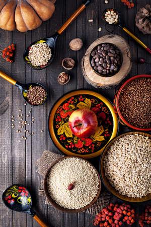 Food Ingredients in Russische traditionele gerecht met hohloma op vastenavond vakanties