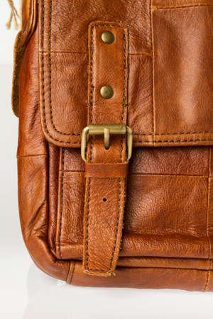 leren tas: Close-up van bruin lederen tas Stockfoto