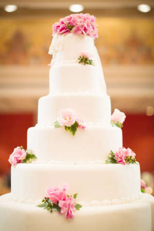 Wedding cake with flower decoration Stock Photo - 21983649