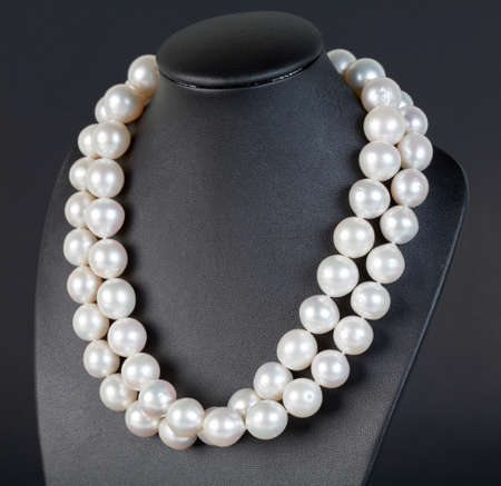 string of pearls: Pearl Necklace