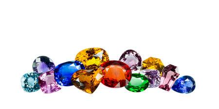 pietre preziose: Gemme luminose su uno sfondo bianco