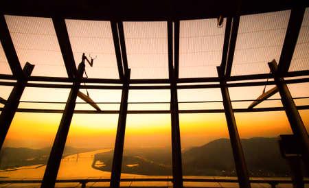 big windows: Просмотр через большие окна стекла зал Фото со стока