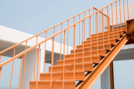 Metall-Treppen