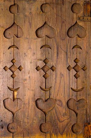 tallado en madera: Madera tallada ornamento