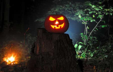 jack o  lantern: Jack O Lantern Halloween pumpkins in darkness