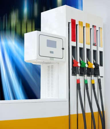 surtidor de gasolina: Estaci�n de servicio de la bomba de gasolina Primer