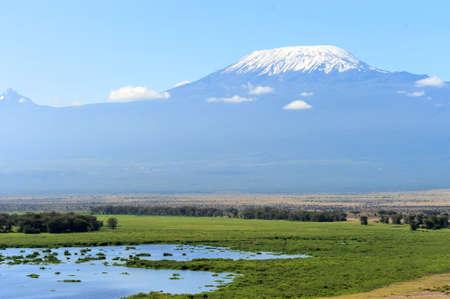 kilimanjaro: Snow on top of Mount Kilimanjaro in Amboseli