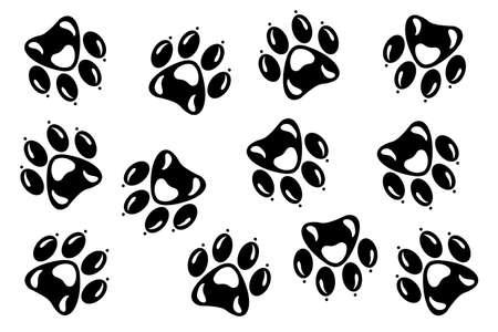 Hand drawn animal footprints, sketch graphics monochrome illustration on white background (originals, no tracing) Foto de archivo - 136527012