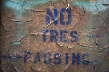 no trespassing: ning�n signo allanamiento Foto de archivo