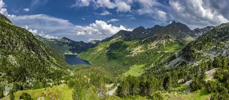 Lac d'Or? don in the nature reserve Massif du N?ouvielle in the Pyrenees