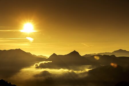 Sunrise at Col d'Aubisque in the French Pyrenees Europe 免版税图像
