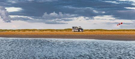 Mobile home on the beach in Rømø, Denmark Reklamní fotografie
