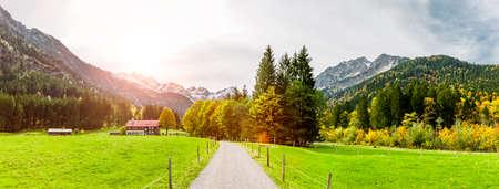 Hiking trail in the Stillbachtal near Oberstdorf in Allgäu