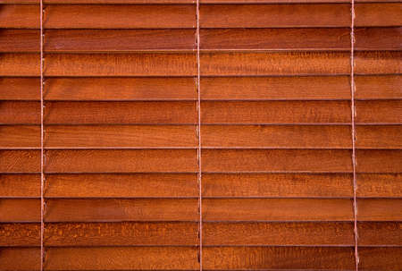 stores: Jalousie en bois comme un arri�re-plan Banque d'images