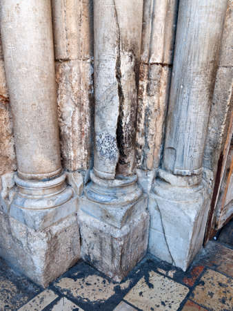 sepulcher: Crack on the pillar of the portal of the main entrance of the Holy Sepulchre in Jerusalem, which was their Holy Fire  Israel  Jerusalem