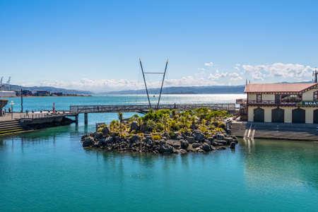 wellington: Wellington, New Zealand - November 17, 2014: Wellington Harbour, capital city of New Zealand. Places to Visit In and Around Wellington, New Zealand.