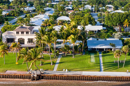 waterfront property: Exclusive waterfront real estate - houses on the bay in Fort Lauderdale Stock Photo