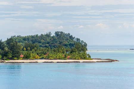 Uitzicht op de stranden van het Nationaal Park Sainte Anne Marine, Seychellen, Indische Oceaan, Oost-Afrika Stockfoto - 76535065