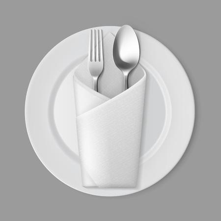 cuchara: Vector blanco vacío placa redonda plana con plata Tenedor y cuchara y servilleta blanco doblado sobre de la visión superior aislada en el fondo. Ajuste de la tabla