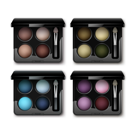 eyelids: Set of MultiColored Eye Shadows in Case Applicator