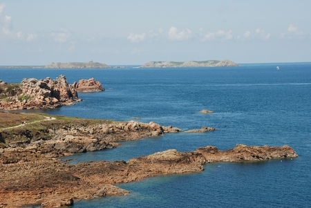 ploumanac'h: Cotes-dArmor, Ploumanach rocks on the Pink Granite Coast in Perros-Guirec. Stock Photo