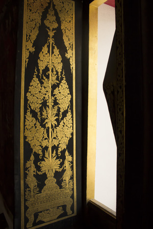gold tree: temple door carve thai pattern