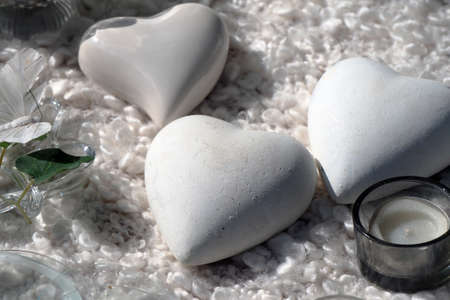 Picture of heart shaped white stone souvenir. Stockfoto