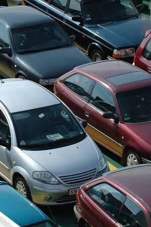 motor de carro: Muchos coches en las l�neas  Foto de archivo