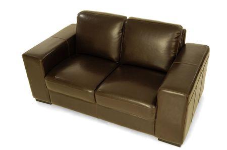 brown leather sofa: Divano in pelle marrone su un fondo bianco clrean Archivio Fotografico