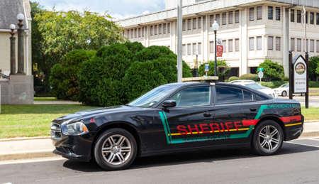 Hattiesburg, MS / USA - September 17, 2020: Forrest County Mississippi sheriff patrol car 新聞圖片