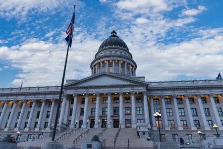 Salt Lake City, UT / USA - November 6, 2020: Utah State Capitol Building 新聞圖片