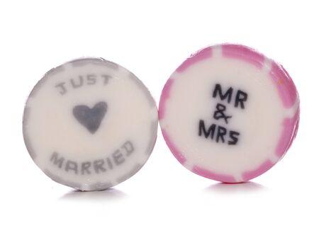 recien casados: Sólo se casó con dulces de la boda del recorte