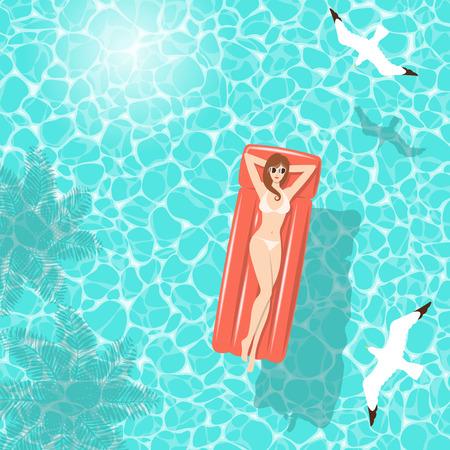 白ビキニ夏に、椰子の木やカモメ、上面からの影で透明な青緑色の海の水に浮かぶ赤い空気マットレスでリラックスの女性