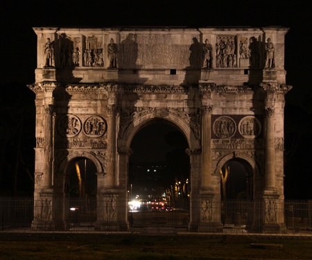 The Arch of Constantine of in Rome, Italy.  It commemerates Constantine's victory over Maxentius in the battle of Milvian bridge. Stock Photo - 13066496