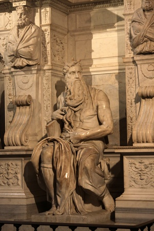 moses: Michelangelos Moses in the church of San Pietro in Vincoli in Rome, Italy. The sculpture was completed in 1515 AD.