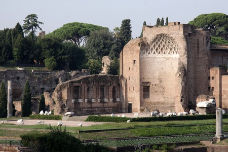roman empire: The ruins of the temple of Venus in Rome, Italy.
