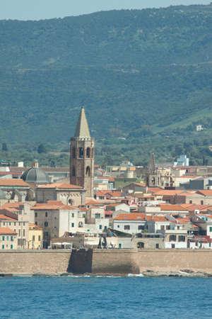 sardaigne: La ville de Algerho sur la M�diterran�e �le de la Sardaigne Banque d'images