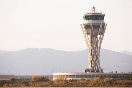day view of the control tower of El Prat airport in Barcelona. Catalonia Standard-Bild
