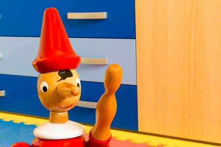 marioneta de madera: Wooden puppet Pinocchio