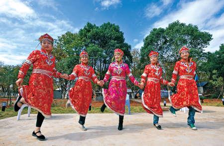 inner mongolia: Inner Mongolia Dance