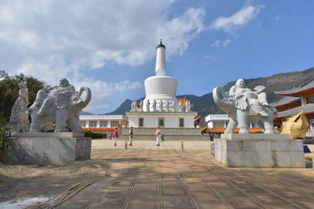 humanities: The White Pagoda at Lingshan